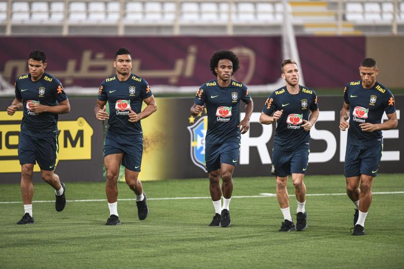 Confira imagens do primeiro dia da Seleção em Abu Dhabi