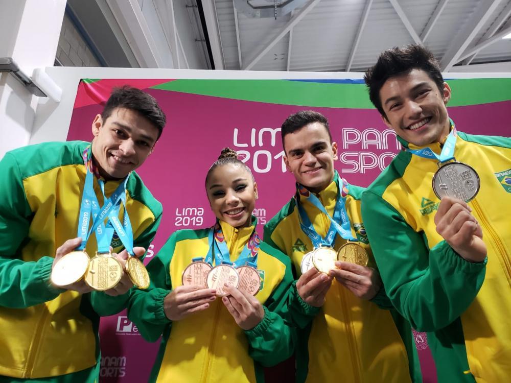 Brasil conquista mais duas medalhas na ginástica artística