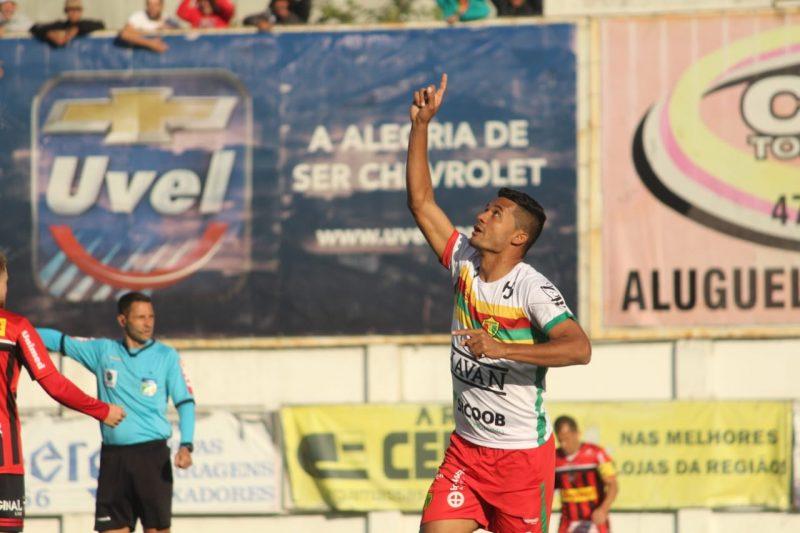 Brusque bate o Ituano nos pênaltis e encara Manaus na final da Série D