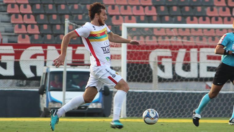 Zagueiro Ianson comemora classificação para a final da Série D e foca em decisão contra o Manaus