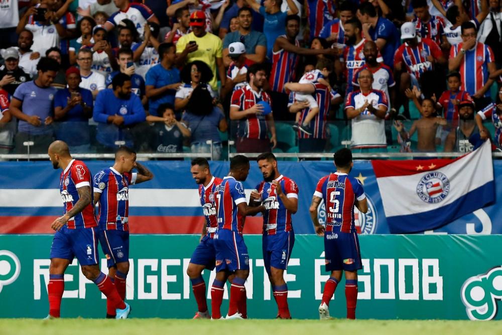 Bahia vence CSA com gol no final, se aproxima do G6
