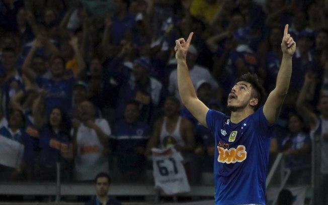 Punido pela Fifa, Cruzeiro pode perder seis pontos na Série B