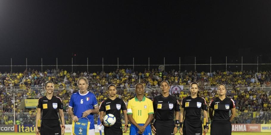 Seleção do tetra perde para a Itália em reedição da final de 94