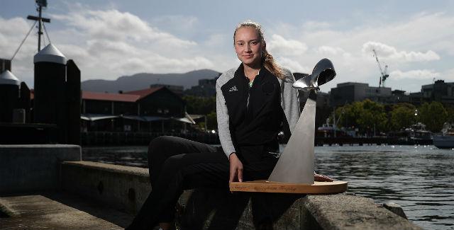 Rybakina para Zhang e fatura título de Hobart