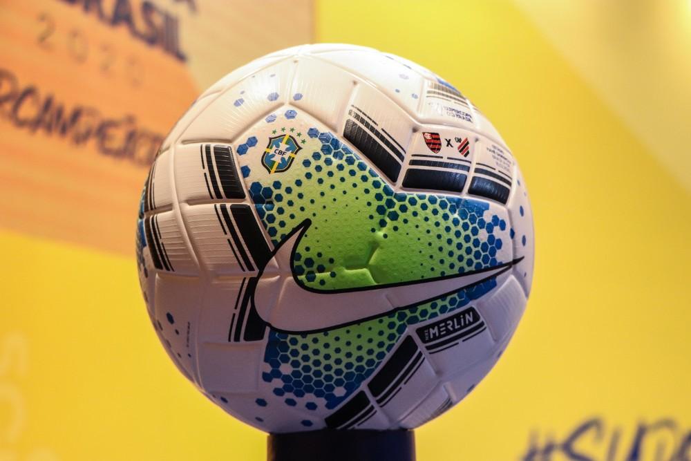 Flamengo e Athletico-PR decidem Supercopa do Brasil em 16 de fevereiro