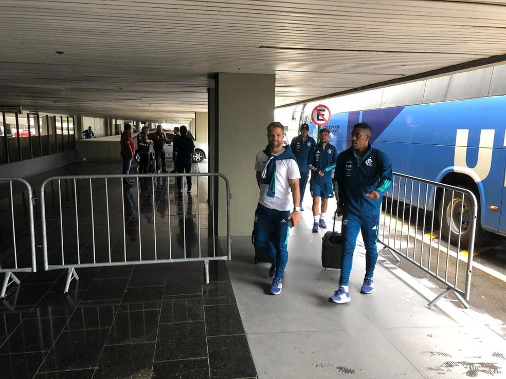 Delegação do flamengo embarcando para Barranquilla Foto:Caique Andrade,globoesporte.com