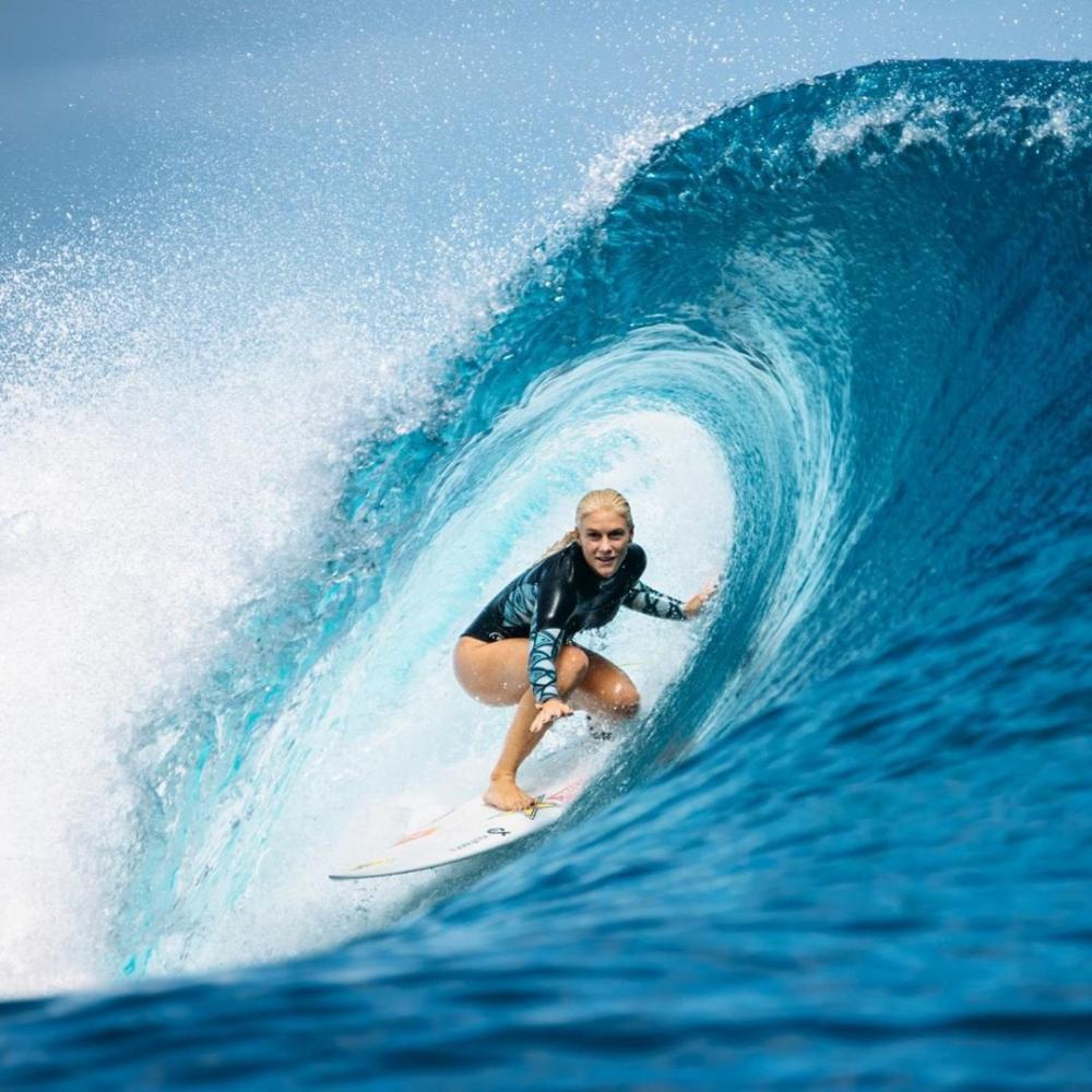 Surfista brasileira classificada para os Jogos Olímpicos diz se sentir bem com adiamento