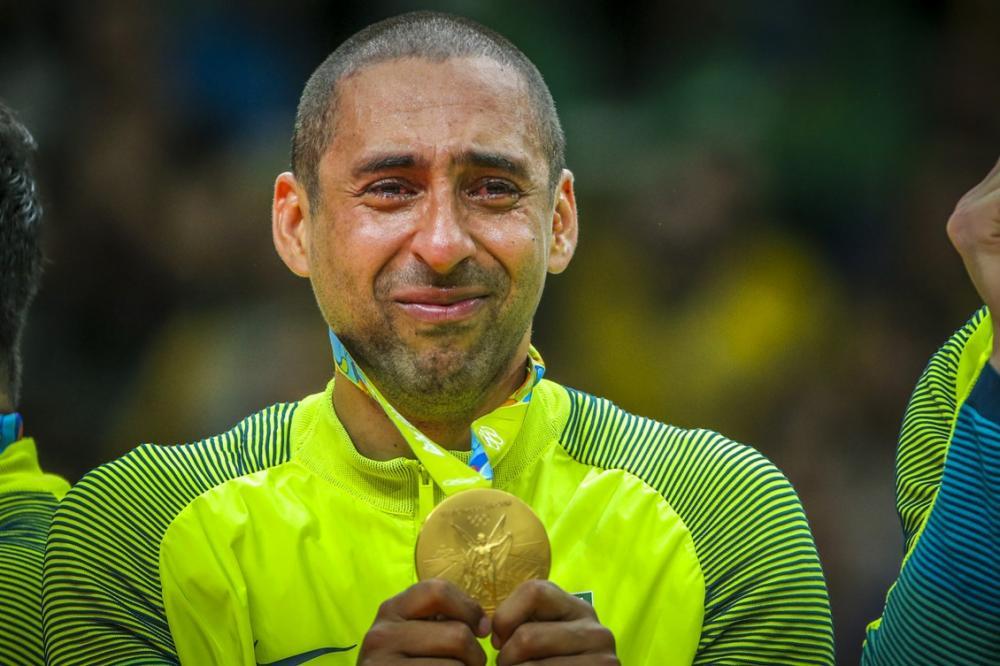 Ídolo do vôlei, Serginho anuncia aposentadoria aos 44 anos