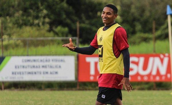 Bahia define transferência de atacante para a Chapecoense