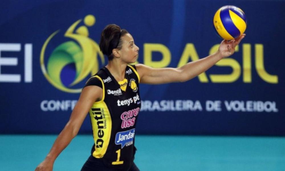 Walewska segue no Praia e se mantém na ativa e com ambição