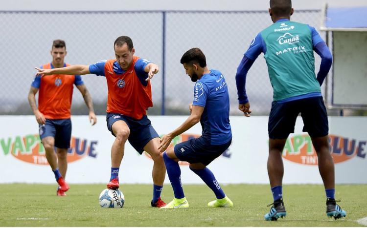 Bahia anuncia volta aos treinos nesta terça-feira