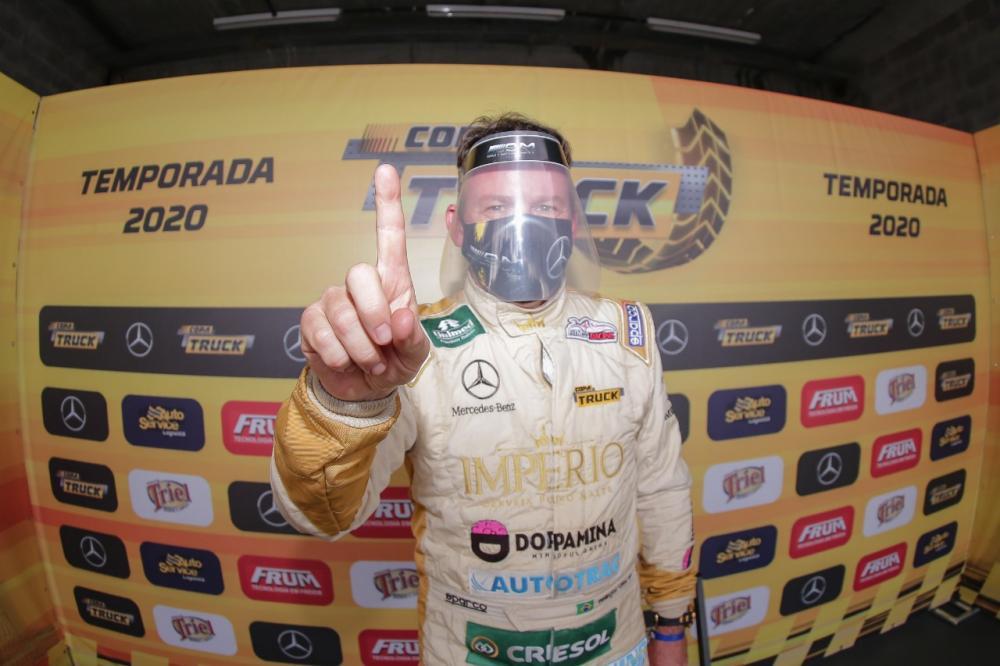 Cirino garantiu a pole na primeira etapa da temporada. Crédito: RR Media/Rodrigo Ruiz