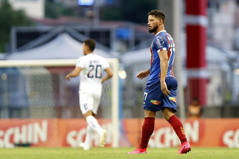 Arthur Caíke não renova com o Bahia; Giovanni fica até fim de julho
