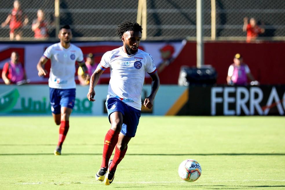 Bahia negocia o atacante Gustavo para futebol sul-coreano