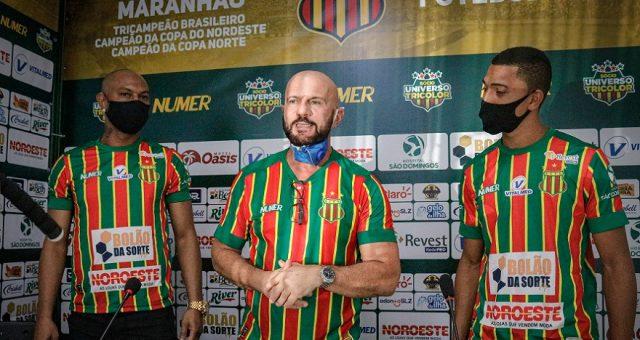 Sampaio Corrêa anuncia 'um time inteiro' de reforços para o restante da temporada